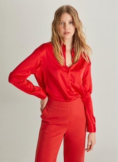 NGSTYLE Dökümlü Saten Gömlek Kırmızı
